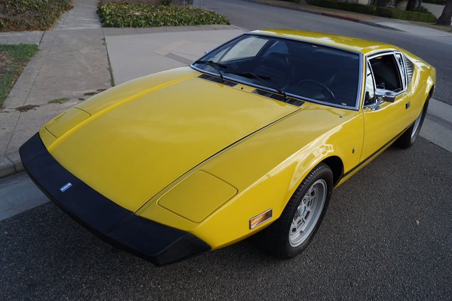 California Classic Car Dealer Introduces Unique Online Sales